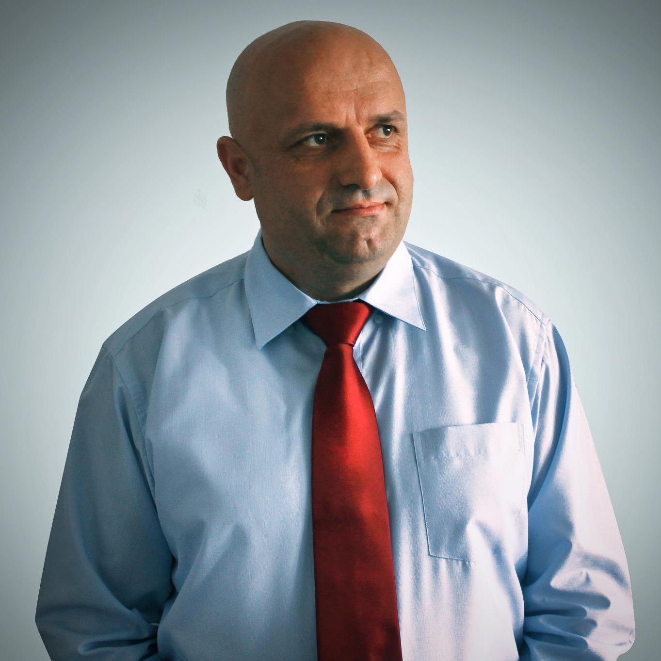 Dr. Ahmet Maloku